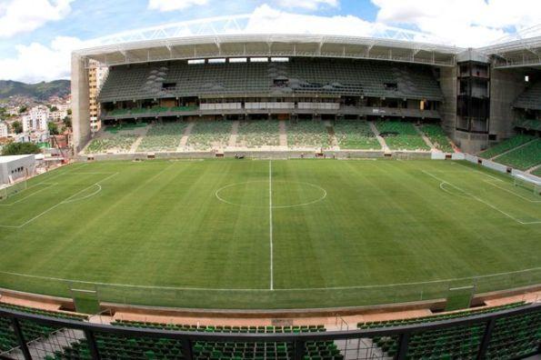 Estádio Raimundo Pereira Sampaio - Independência