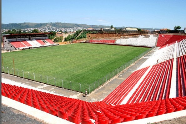 Estádio Joaquim Henrique Nogueira - Arena do Jacaré