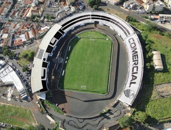 Estádio Doutor Francisco de Palma Travassos